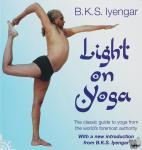 Iyengar, B K S - Light on Yoga