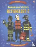 - Aankleden met stickers - Actiehelden II